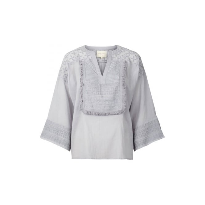 Lollys Laundry Sugar Blouse in Light Grey