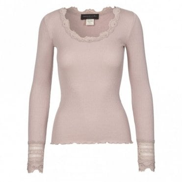 Regular Silk Long Sleeve T-Shirt with Wide Lace in Vintage Powder